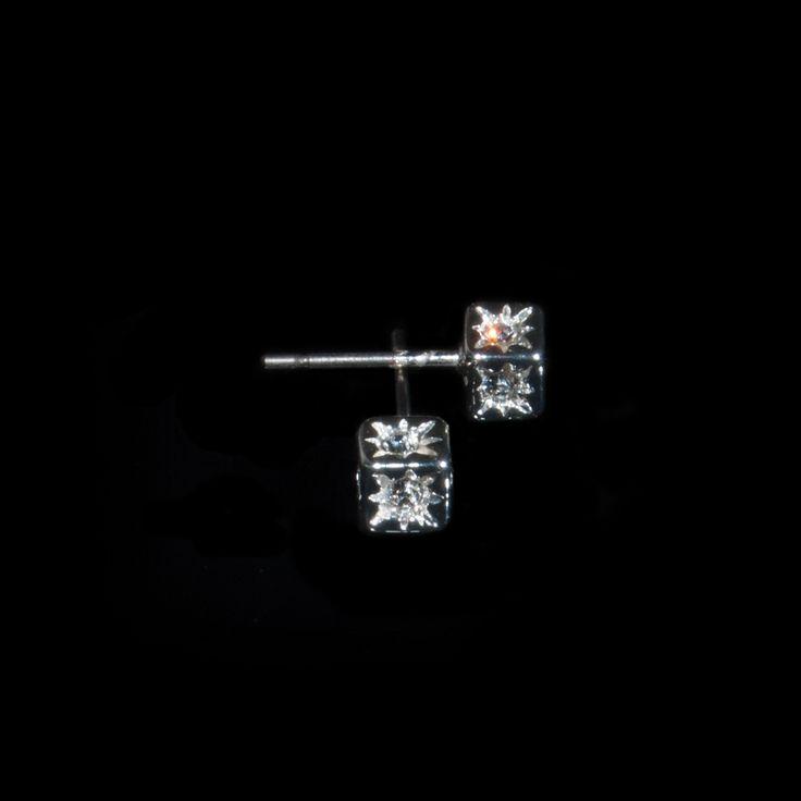 Hope you like cubic shapes!  http://danishaccessories.com/earrings/24-earrings-e10026.html   #Denmark #accessories