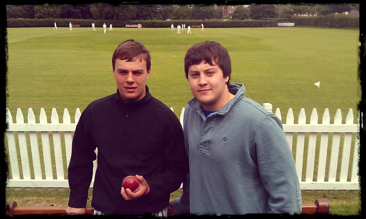 Budding professionals Tim Clifford & Chris Banon in familiar pose at the Mardyke #CCCC