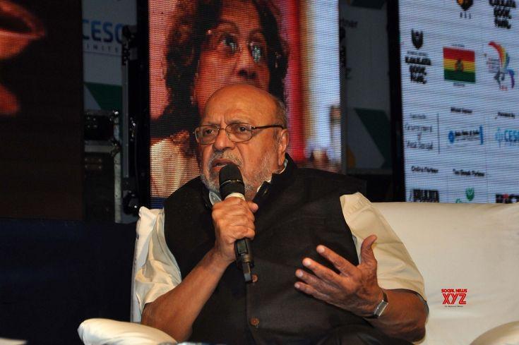CBFC behaving in a strange way: Shyam Benegal On 'Padmavati' row - Social News XYZ