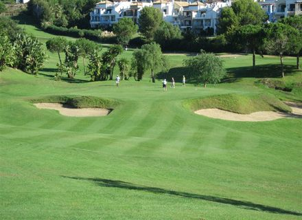 http://www.maralargolf.com/campos_golf-descr/65/es-ES