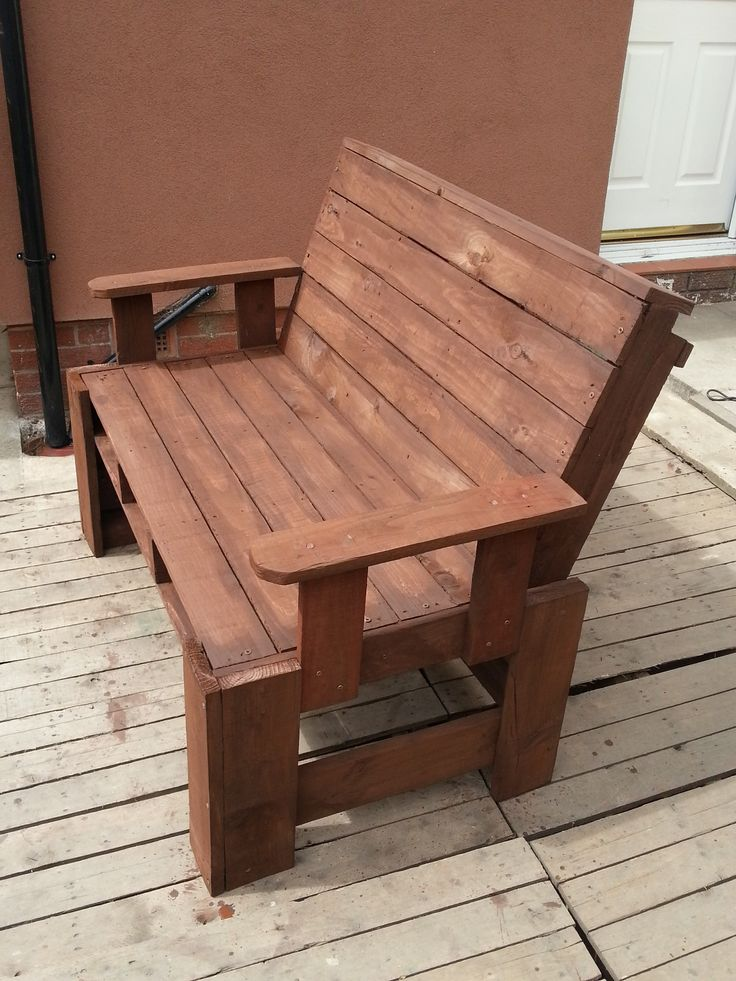 Two seater garden bench from pallets #Bench, #Pallet