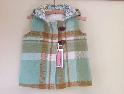 Child's+hooded+vest/jacket+wool+upcycled+Green+gumnut+blanket+winter+Jacket+coat