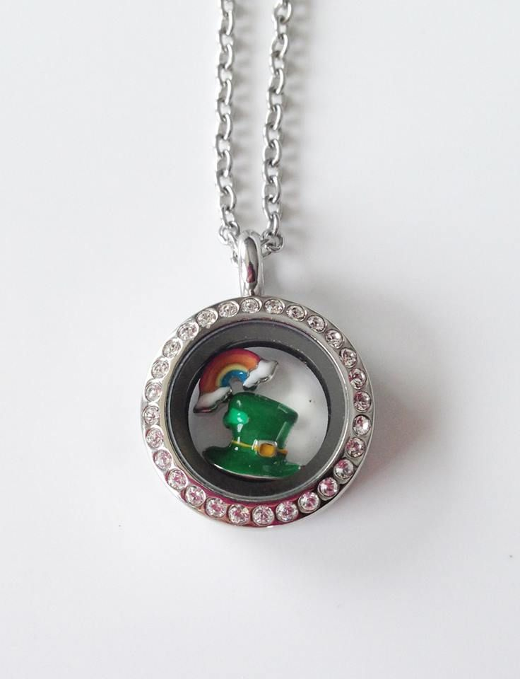 A beautiful, simple locket for St. Patrick's Day! www.southhilldesigns.com/kkennedy