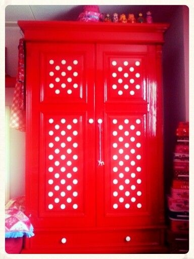 red w/ white polka dot cupboard
