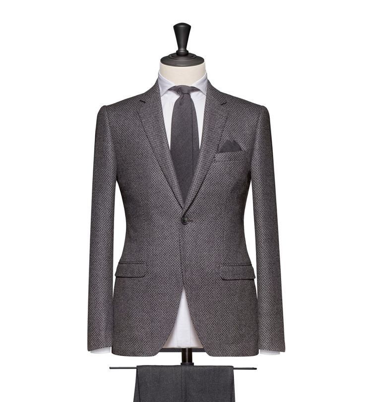 This cloth is a Dark Grey Macro Design. Cloth Weight: 340g Composition: 100% Wool