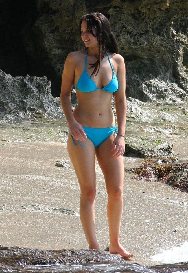 Jennifer Lawrence Candid