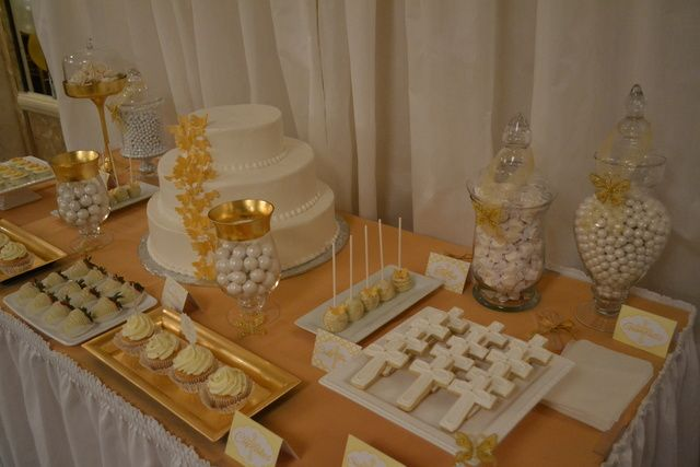 White and gold baptism party #baptism #whitegold