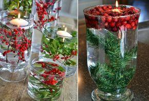 große Glasvase weihnachtlich dekorieren wasser beeren modern tannengrün mistelzweig schwimmkerzen #weihnachtsdeko #christmasideas #ChristmasDecorations