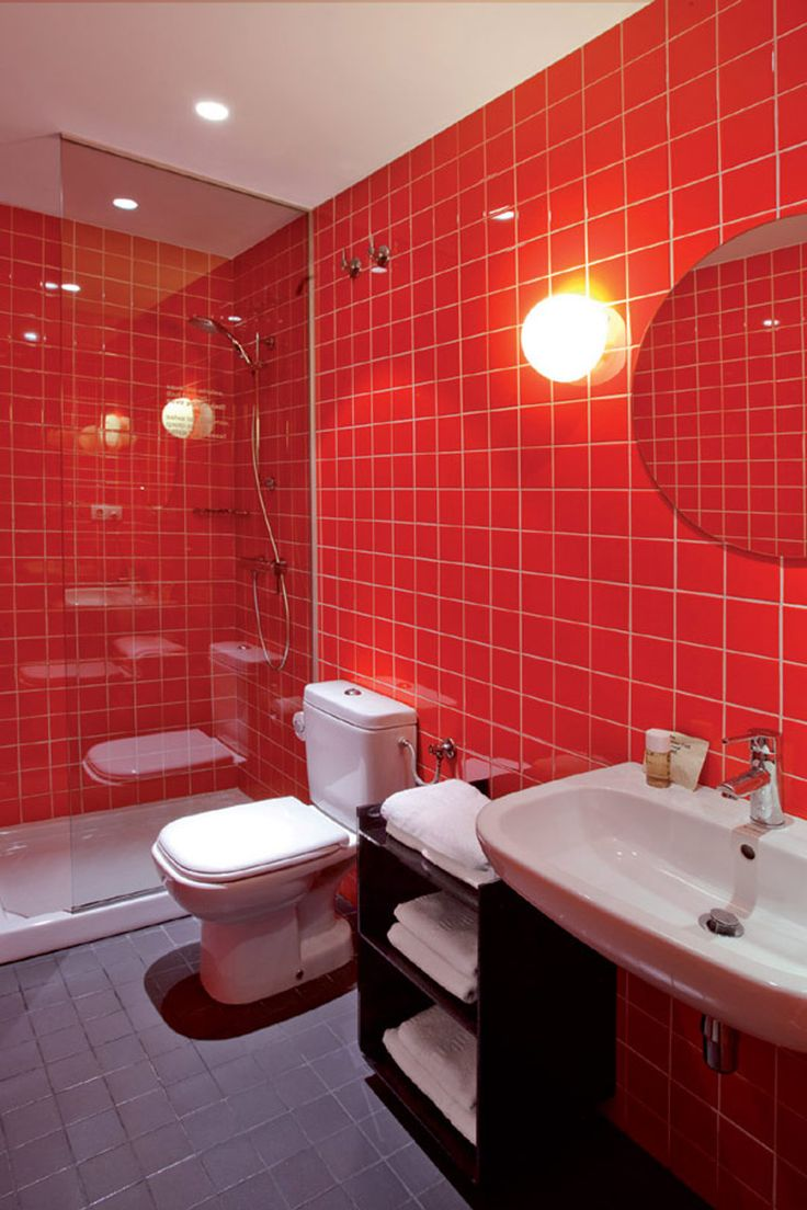Best 25 red bathrooms ideas on pinterest red bathroom accessories red bathroom decor and - Red bathroom color ideas ...
