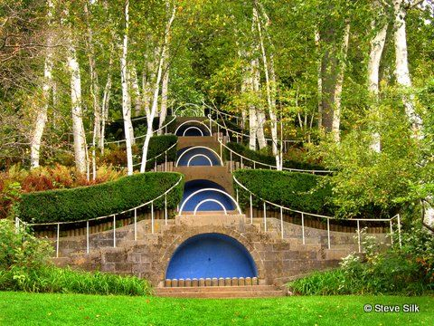 went to naumkeag a few years ago the blue steps are lovely