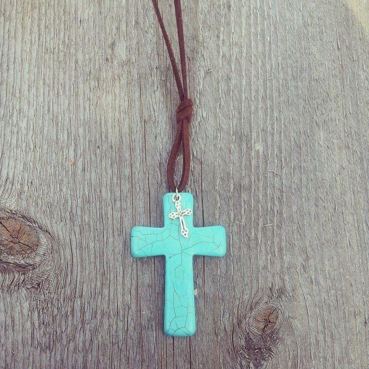 #necklace #ketting #kruis #cross #suede #ibiza
