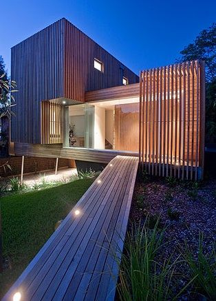 Bold architecture with beautiful silvertop ash cladding