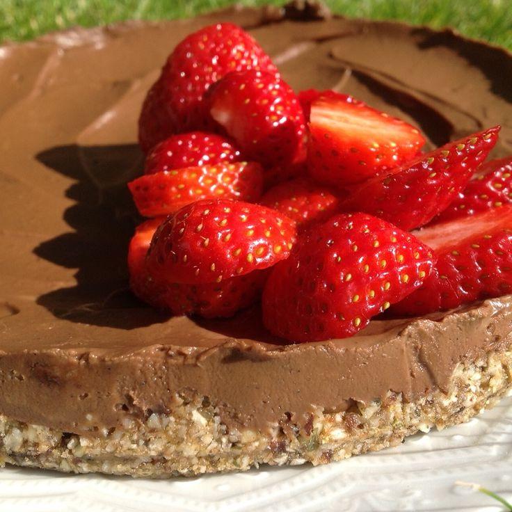 Raw Chokladtryffeltårta med touch av lakris