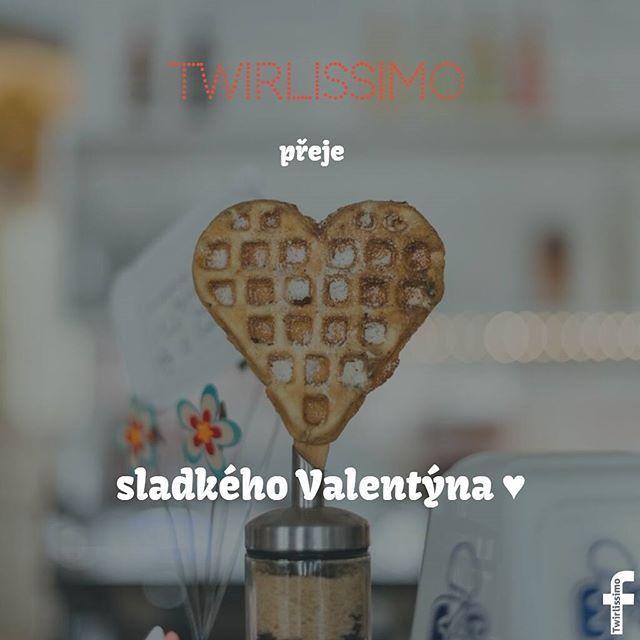 Ať už ho trávíš sama nebo s ním, užij si tento den 😍 #Valentýn #Sladkosti #Růže #Láska #Srdce #NeboTakyNe #Twirlissimo