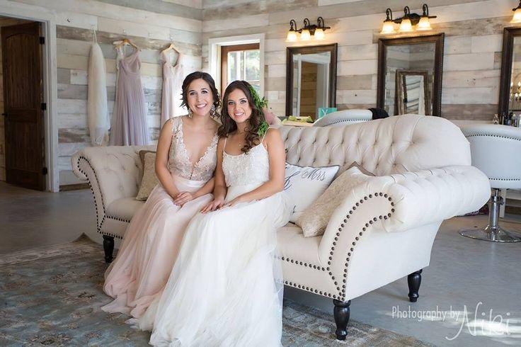 Bridal shots in Big Sky Barn's Bridal Suite  Big Sky Barn  13420 Forest Lane Montgomery, TX 77356