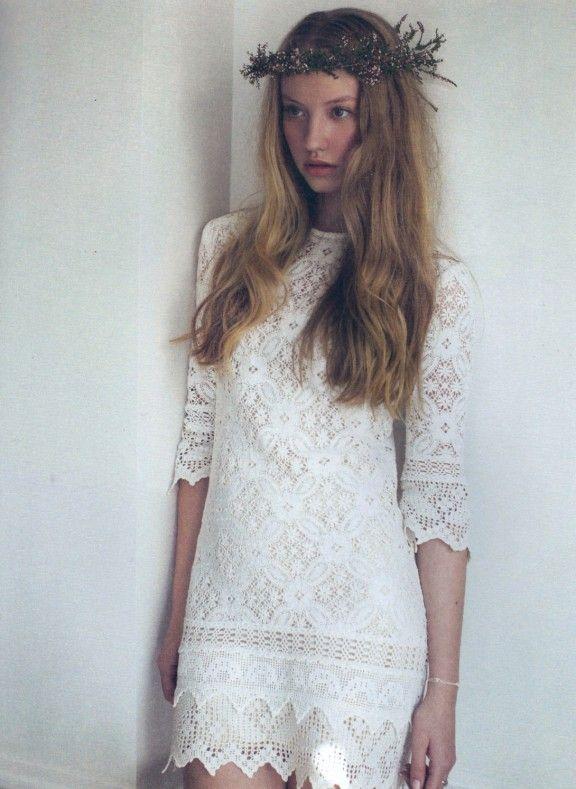 Vintage lace dress by Kitsch Bitsch | January's top 5 wedding dresses under $1000