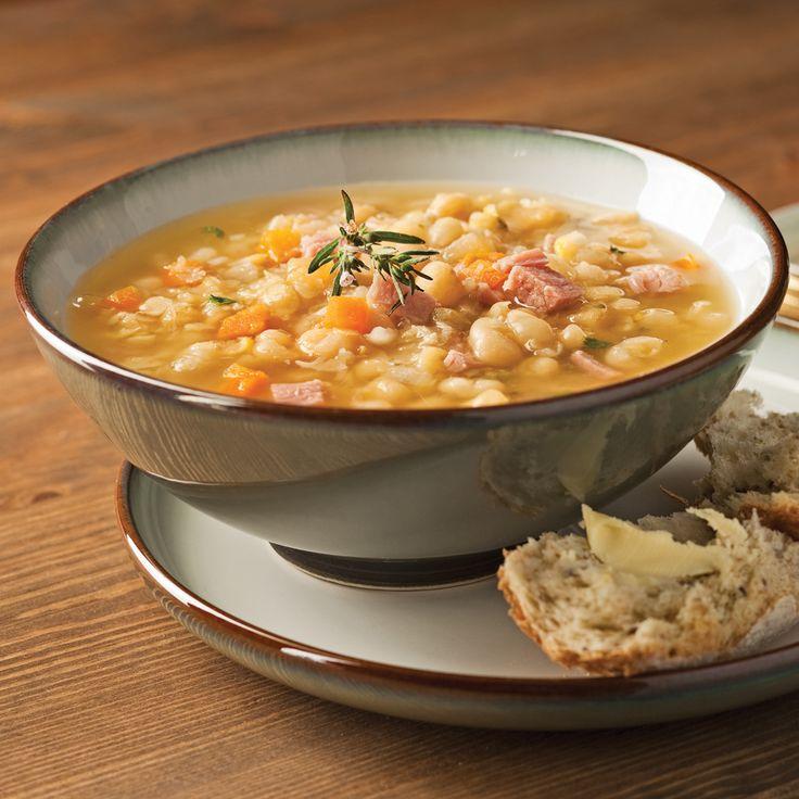 Soupe réconfort par excellence, la soupe aux pois saura vous réchauffer au retour d'une randonnée!