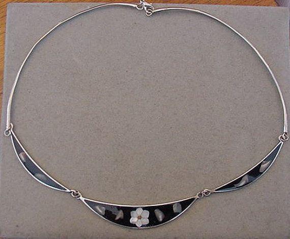 Vintage Mexico Alpaca Silver Necklace Black by Magicclosetbling
