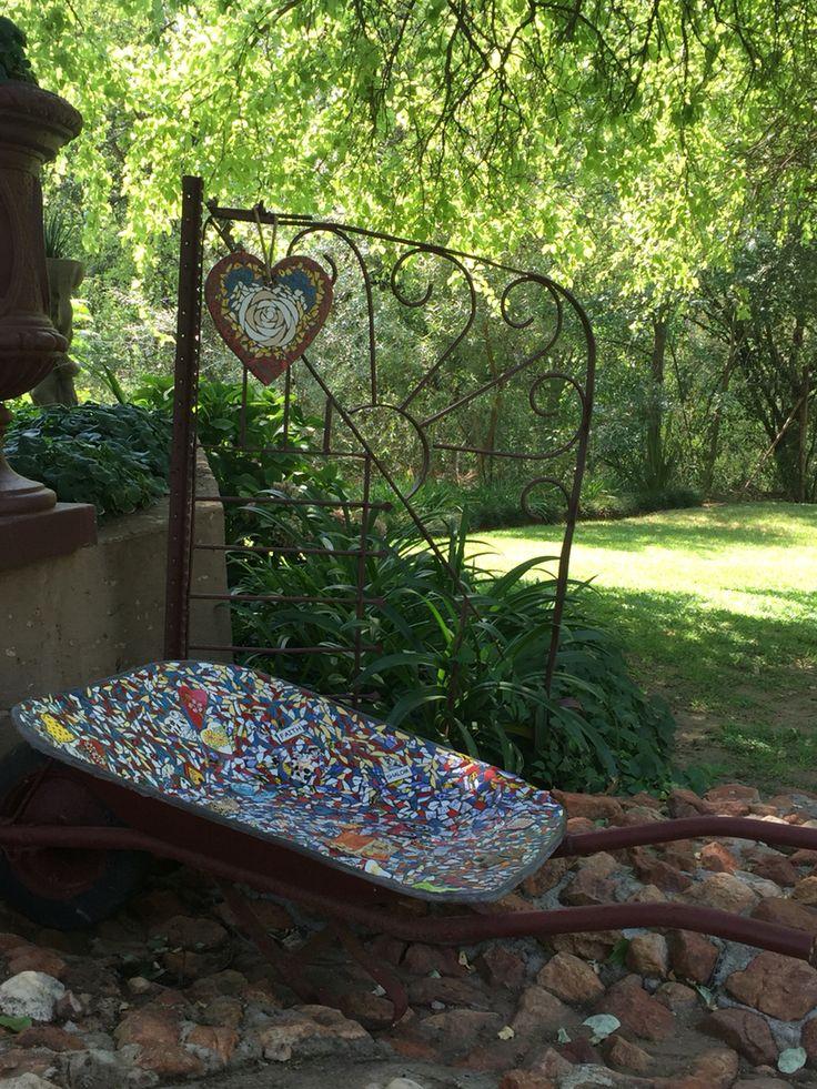Ou kruiwa mosaic