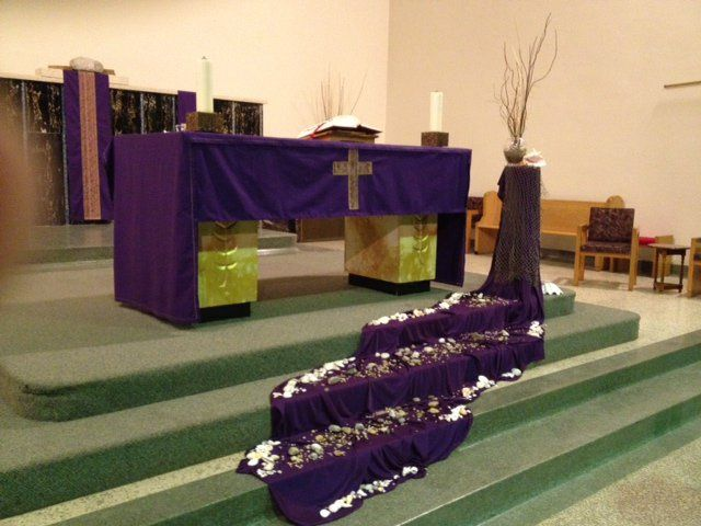 187 best images about lent on pinterest altar for Lent decorations for home