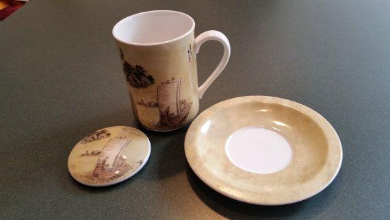 Tea Cup w/ Lid  Hankook Chinaware  Covered by PotsandPetticoats