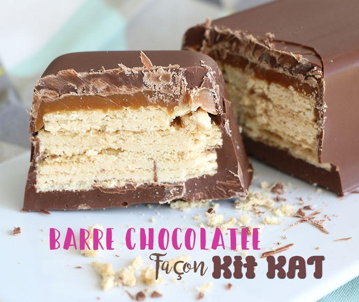 Voilà une barre chocolatée XXL à dévorer entre potes devant la téloche! Du chocolat, du caramel et des gaufrettes à la vanille. What else? Bah rien, 3 ingrédients et vous obtenez un Kit Kat géant fait maison!   La recette (ultra simple) de la barre façonKit Kat géant Pour un petit moule à cake de 14,6 cm  Ingrédients: – 180g de pistoles au chocolat au lait – des biscuits gaufrettes à la vanille – du caramel mou Il...Lire la suite