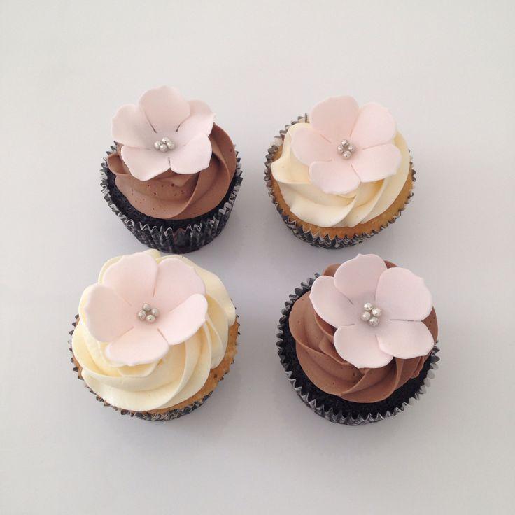Pretty Floral Cupcakes