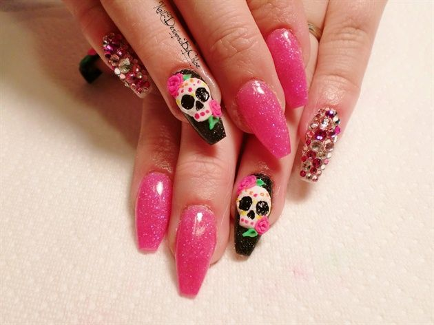 29 best dia de los muertos nail art images on pinterest nail skulls and sparklies by chloewilson nail art find this pin and more on dia de los muertos prinsesfo Gallery