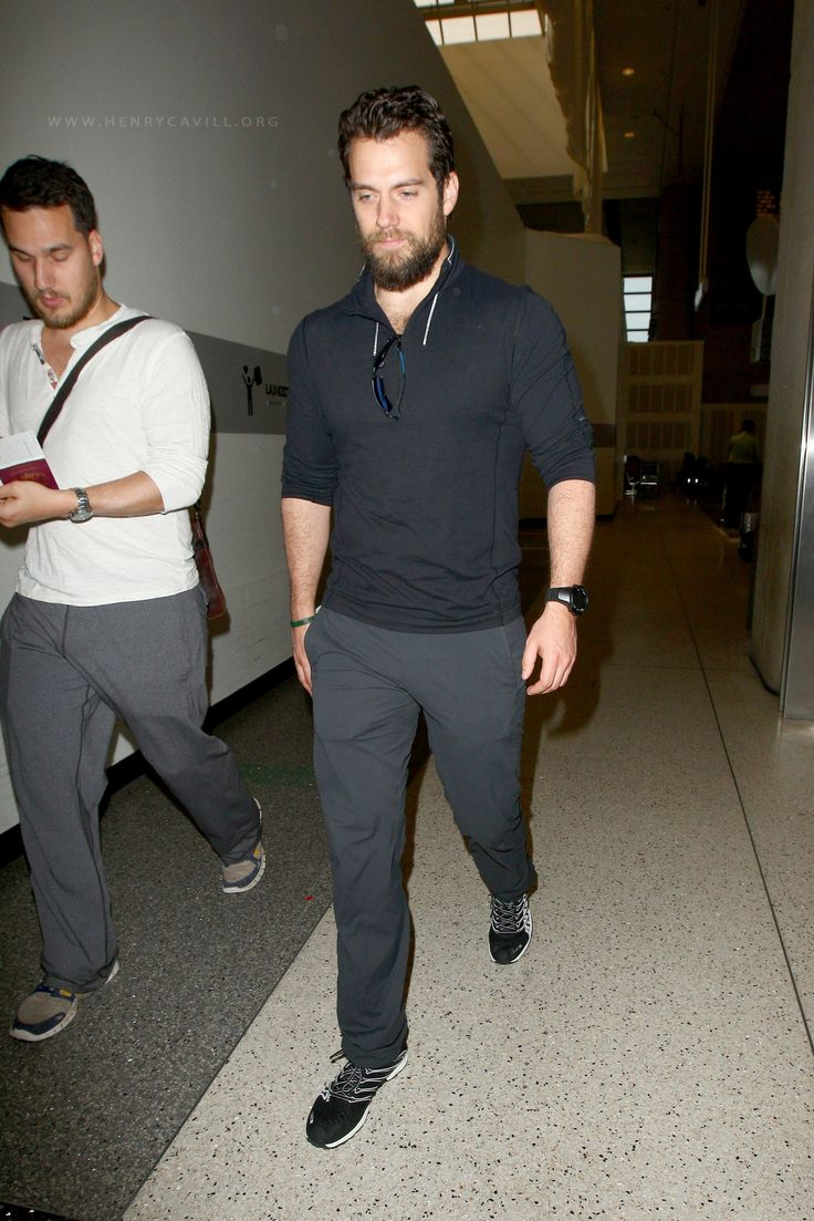 Henry Cavill and his brother, Charlie Cavill were spotted making their way through LAX on Wednesday afternoon, April 22, 2015, getting ready to fly back home to London.