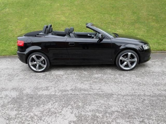 Audi A3 1.6 1.6 CABRIOLET LTD BLACK EDITION ALLOYS FULL LEATHER MEGA SPEC F.A.S.H 2dr