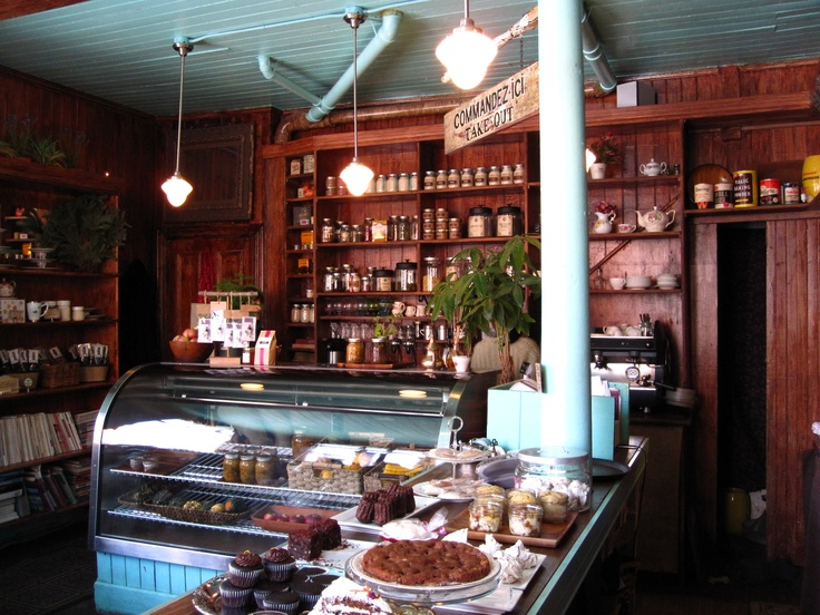 The most inviting and refreshing place on Earth. An absolute gem. Fuchsia Epicerie Fleur (Montreal)