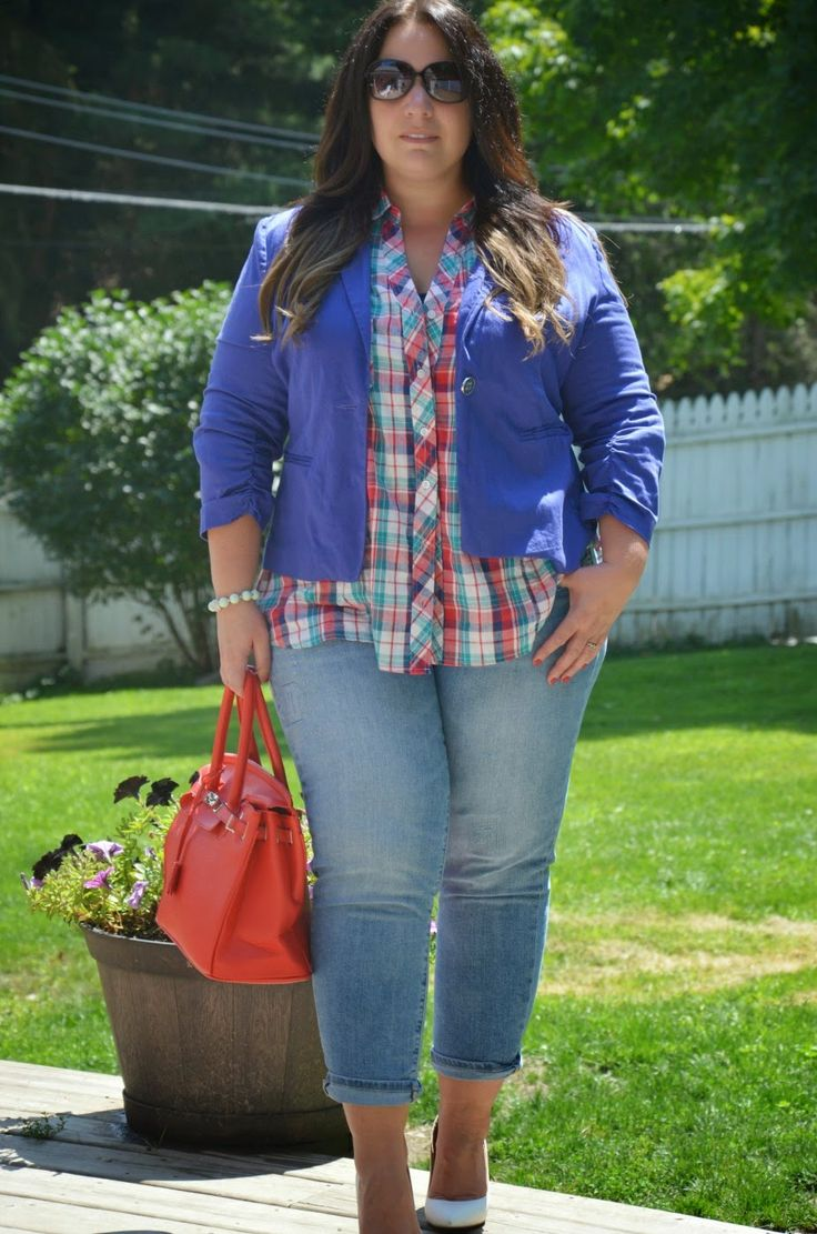 Full Figured & Fashionable: SCB PLAID SHIRT CORAL/DENIM...cute but I just don't do white shoes