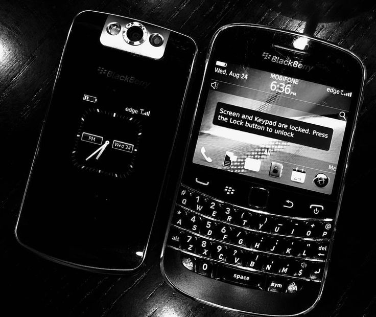 #inst10 #ReGram @kwanviv0201: ;) #blackberry #9900 # 8220 #BlackBerryClubs #BlackBerryPhotos #BBer #OldBlackBerry #RIM #QWERTY #Keyboard #BlackBerryBold #Bold #RIM