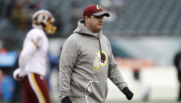 Jay Gruden talks trash to Deion Sanders