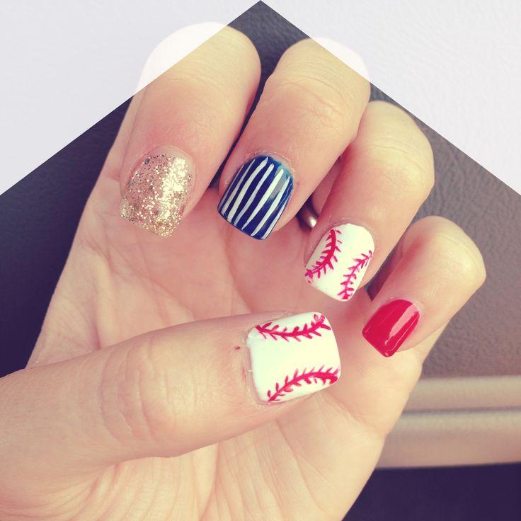 Baseball nails with Yankee pinstripes⚾