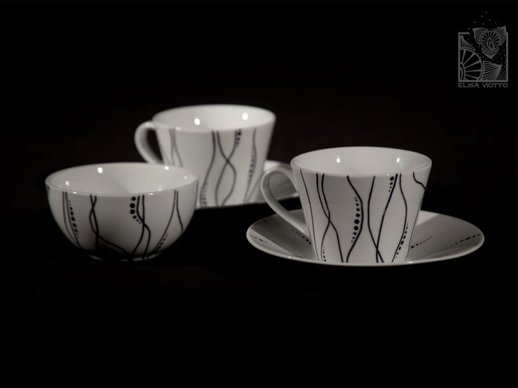 tea cup and biscuit bowl hand painted by Elisa Viotto Arte