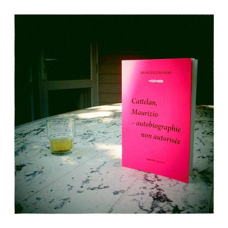 Cattelan, Maurizio - autobiographie non autorisée (de Francesco Bonami) s'est enfui en Bretagne ! (Camping Pen Palud - Ploemeur - 56)