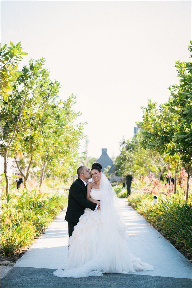 Anni & Will's Fiji wedding at the Intercontinental Fiji Golf Resort & Spa