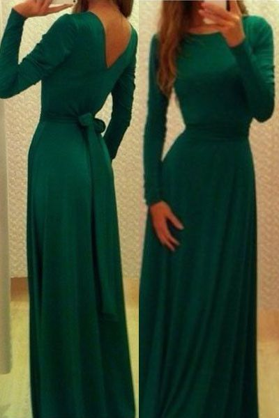 This jersey maxi dress is special and rare for the emerald tone, very elegant. Go for a classic party dress style with an updated design in this sensational long jersey maxi dresses. A sexy slim fit s