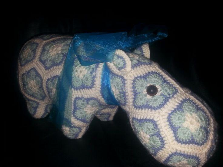 Crochet hippo (Happypotamus)