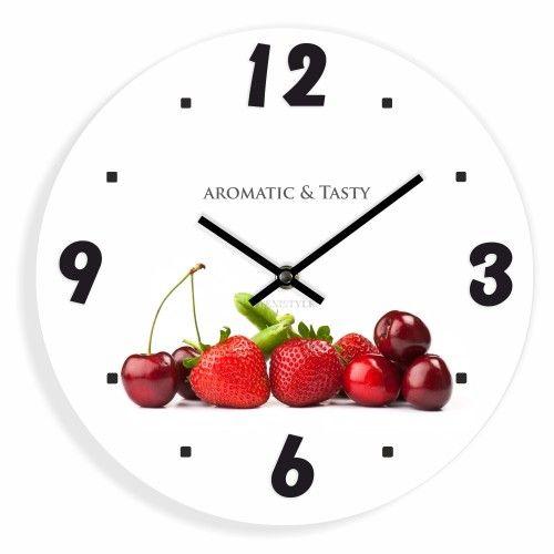 Bílé kuchyňské hodiny s ovocem