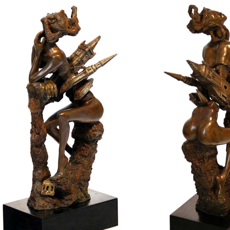 Title : Astralizacion (Astral transform) 20x51x12 cm Bronze molding Temples collection