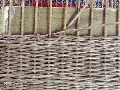 Поделка изделие Плетение Немного работ и МК загибки и плетение переходов Бумага газетная Трубочки бумажные фото 25