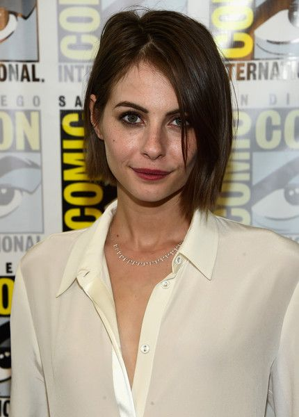 Willa Holland B.o.B - Willa Holland wore her hair in an edgy bob during Comic-Con International 2016.