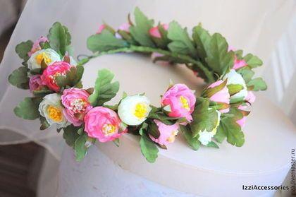 Купить или заказать Венок 'Ярко-розовые цветы', венок из цветов для фотосесии в интернет-магазине на Ярмарке Мастеров. Отлично подойдет для фотосессии девочки или девушки. А так же подойдет для романтичной невесты (могу из этих же цветов сделать бутоньерку, браслет на руку, брошь для подружки невесты, либо другие необходимые аксессуары на заказ). Цветочки не боятся воды или легкого дождика Размер ре…