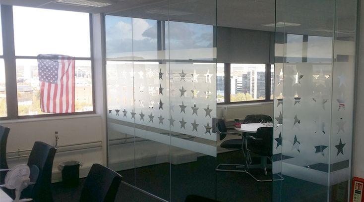 USA style star glass frosting. This glass manifestation was installed into a USA themed office in Manchester. By Space3.co.uk