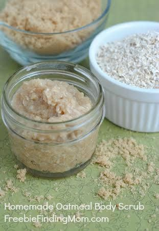 Homemade Oatmeal Body Scrub - This homemade body scrub makes great DIY gifts for Mother's Day, teachers or yourself!  Jars at www.thecarystore.com