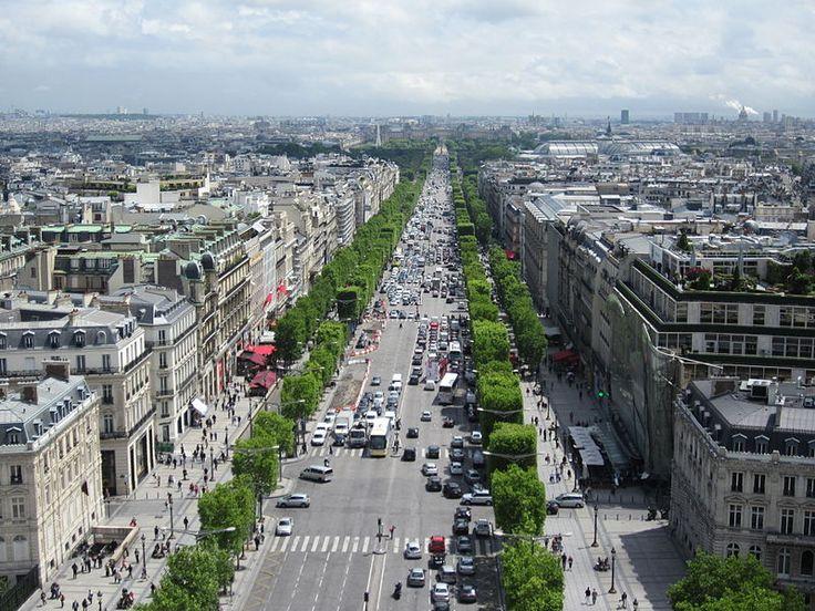 Champs-Élysées from the Arc de Triomphe, photo by JSquish.
