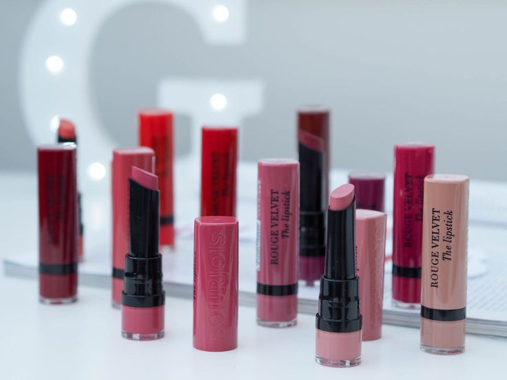 The full collection of Bourjois Rouge Velvet Matte Lipsticks including swatches. The BEST non-drying matte lipsticks with a really creamy formula. With a range of shades from nude to purples, this lipstick collection has a colour to suit every skin tone.