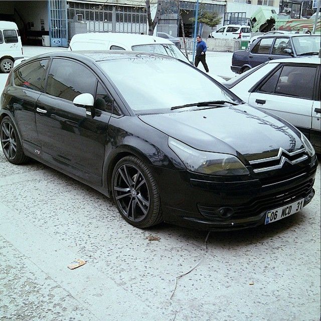 Blacked Out C4  Owner: @kursatylmzqw Photo: @kursatylmzqw  #whoreyourcitroen #citroen #c4 #citroenc4 #polish #wax #reflection #reflections #gloss #black #lowered #modified #murderedout #alloys #black #black #blackonblack #vts #c4vts